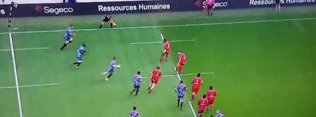 Video: Gael Fickou scores superb try against Toulon