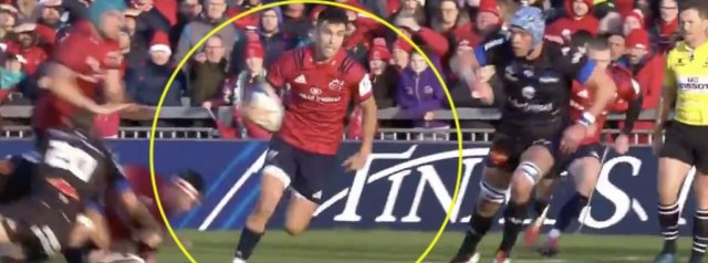 WATCH: Incredible Conor Murray Offload Sets Up Munster Score