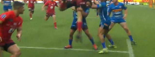 Size doesn't matter!! Stormers scrumhalf Herschel Jantjies with a big hit