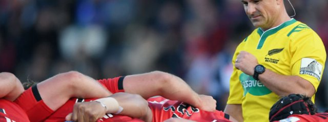 Jaco Peyper takes the whistle for the all New Zealand Super Rugby quarter-final