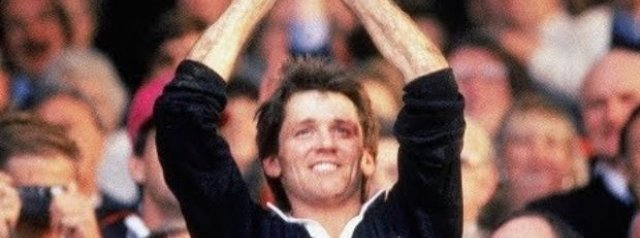 Great RWC Moments: David Kirk trophy lift (1987)