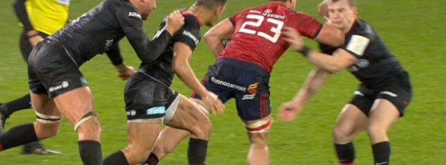 Watch: Arno Botha shown a red card in the final moments of Munster's win