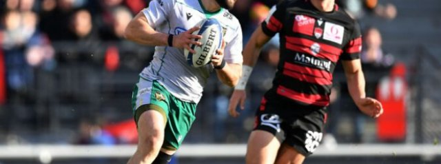 Another example of Cobus Reinach's incredible pace!