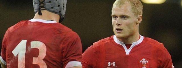 Saracens sign Welsh International Scrumhalf on a long-term deal