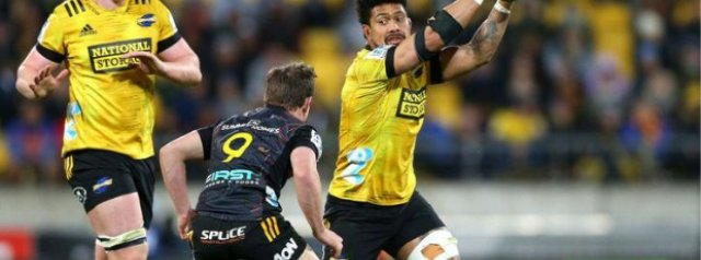 Watch: Ardie Savea's hilarious attempted dummy