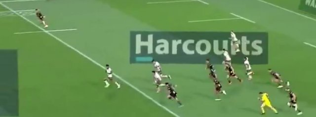 Watch: Jona Nareki scores an 80 metre stunner against the Chiefs