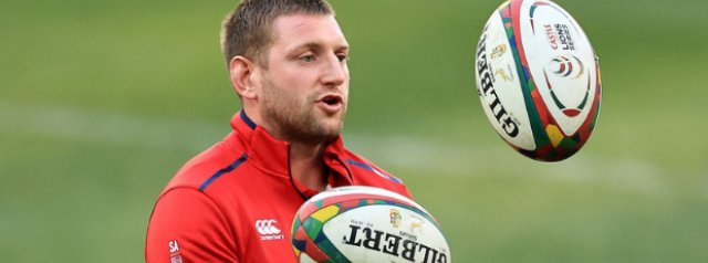 Finn Russell back in contention for a test start