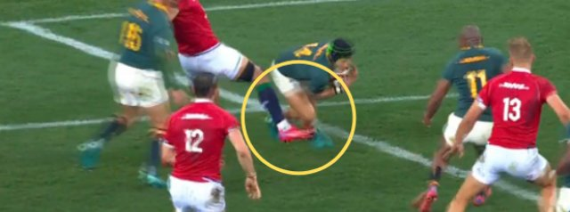 Video - Duhan van der Merwe yellow carded for a silly challenge