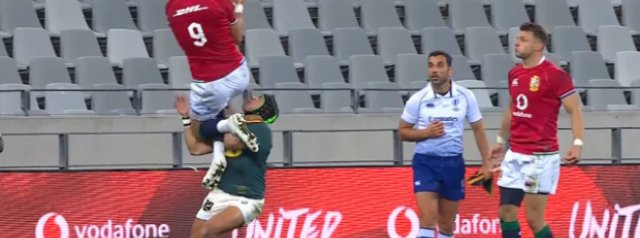 Watch: Cheslin Kolbe yellow carded, should it have been more?