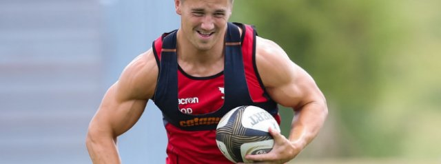Jonathan Davies to lead Scarlets into 2021-22 URC campaign